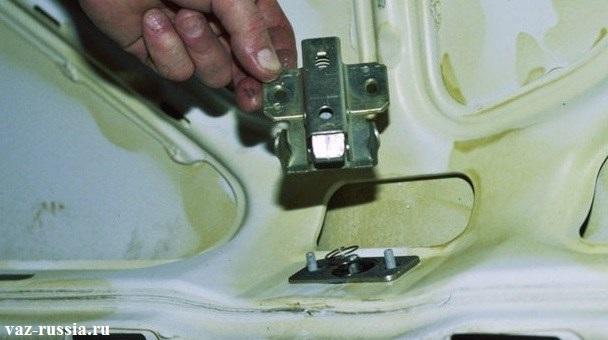 Замок багажника рено логан ремонт своими руками