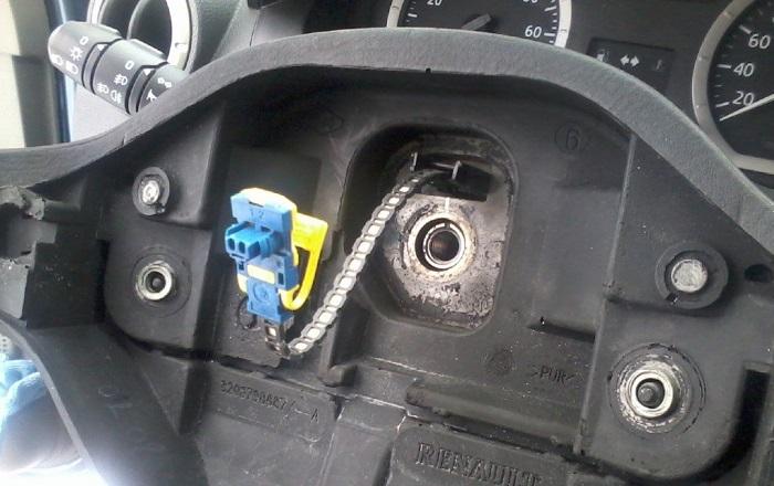 WheelBroken3 - Хрустит рулевая рейка при повороте руля