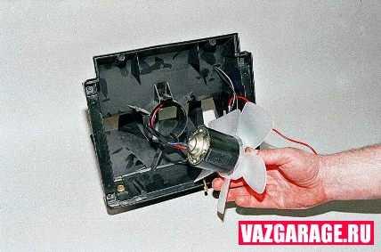 Ваз 2131 меняем эл мотор отопителя