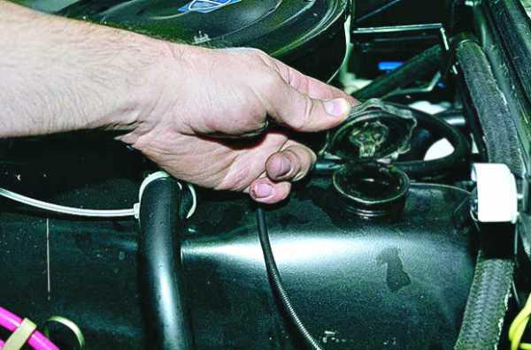 Сколько нужно масла для двигателя ваз 2106 4