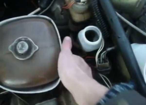 Тормозная жидкость сцепления попадает во внутрь ваз2107